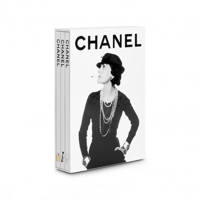 CHANEL 3- BOOK SLIPCASE