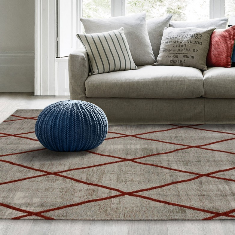 SILVER & RED ANTIK CHENILLE CROSS RUG