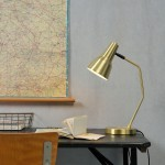 GOLD VALENCIA TABLE LAMP