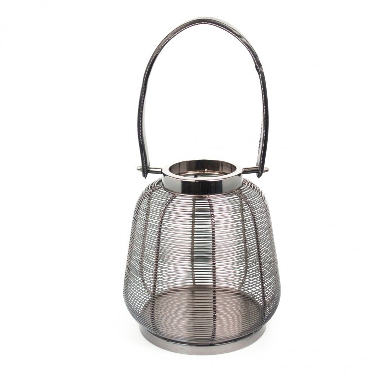 METAL LANTERN WITH LEATHER HANDLE