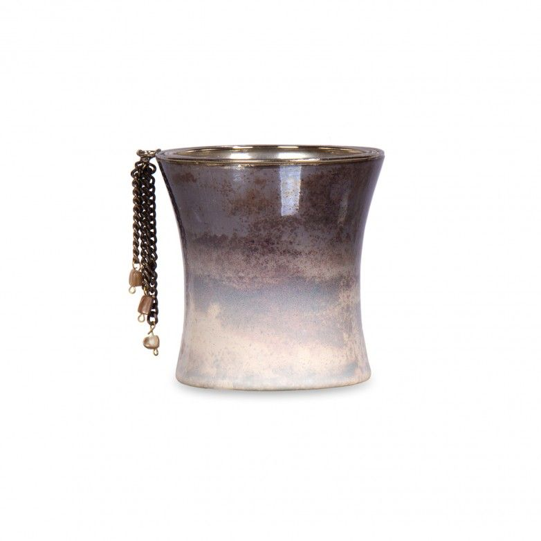 GLASS DECORATIVE CUP WITH CHAINS II