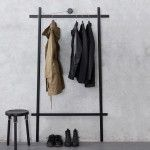 RETRO BLACK CLOTHES RACK