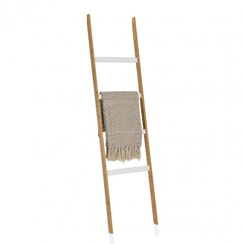 WOOD LADDER - ANDREA HOUSE