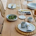 COZY DINING TABLE